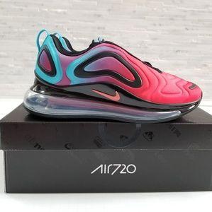 New NIKE Air Max 720 Red Gradient Sneakers